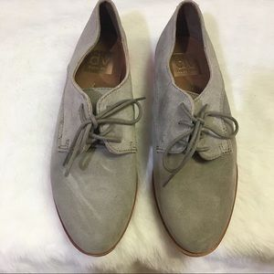 Dolce Vita Lace Up Suede Oxfords Size 6